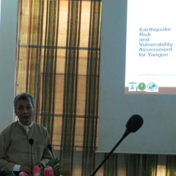 Mr. Saw Htwe Zaw of the Myanmar Earthquake Committee (MEC) and the Myanmar Engineering Society (MES) explaining the earthquake risk assessment for Yangon